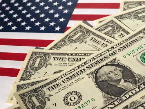 توقف ارتفاع الدولار و التركيز على تقرير التوظيف الأمريكي بالقطاع الخاص