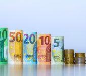 اليورو يخترق مستوى الدعم الاساسي مقابل الدولار الأمريكي
