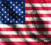 ضعف الدولار الأمريكي وسط أجواء هادئة من التداول