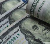 عمليات بيع مكثفة ممتدة على الدولار الامريكي مع عوة التركيز إلى اجتماع الفيدرالي