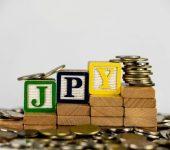 استمرار عمليات البيع المكثفة على الين الياباني ع قوة في الأسهم والعوائد